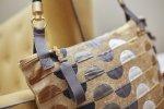 udo couture_serie defleur_grau_detail_quer2